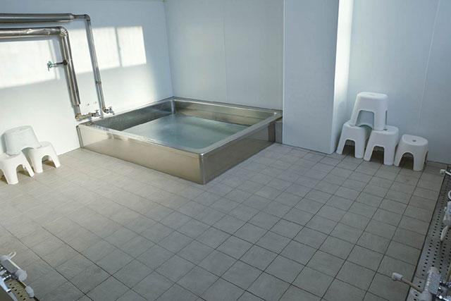 光和寮:大浴場